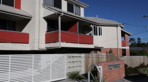Greenslopes Modern Funky Studio Apartment